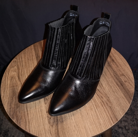 Ecco Black Shape 45 Pointy Block Shoot Leather Boo